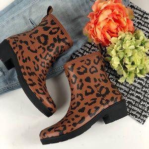 Hunter leopard print boot bootie platform 8 9